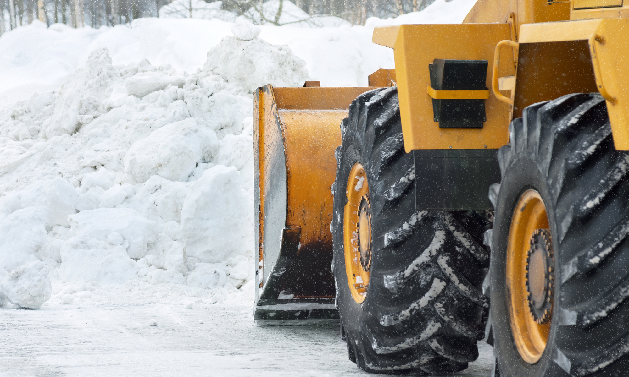DecoMax Landscaping Commercial Winter Snow Removal